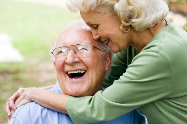 Senior_Couple_malefemale_HH